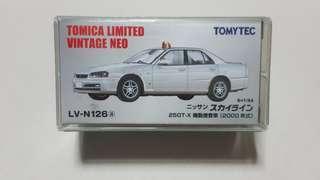🚚 Tomica Limited Vintage Neo Nissan Skyline 25GT-X Investigation Car