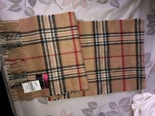 Brand new STRADA Italy 100% cashmere scarf