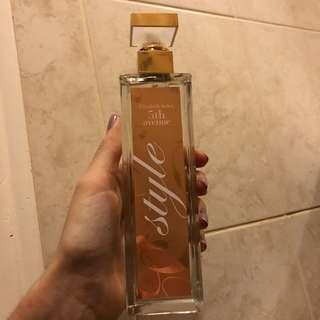 Elizabeth Arden 5th avenue perfume