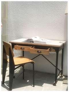 工業風書枱 Industrial desk