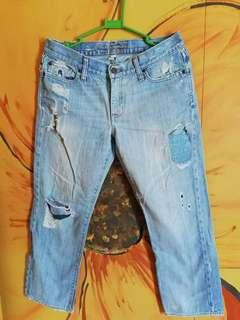 Authentic abercrombie & fitch ripped jeans