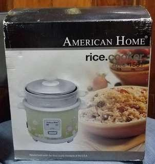 AMERICAN HOME RICE COOKER WITH STEAMER