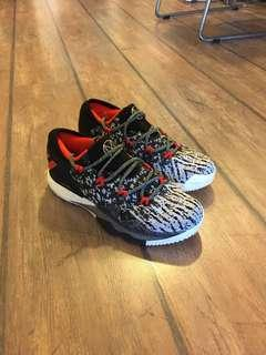 🚚 Adidas Crazy Light US 8.5