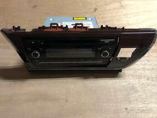🚚 原廠 交車拆下 Toyota Altis 全新原廠汽車音響 USB AUXIN