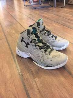 🚚 Under Armour Curry 2 US 8.5