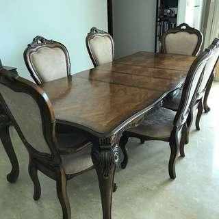 Classic 6 - Expandable Dining Table with 6 Chairs