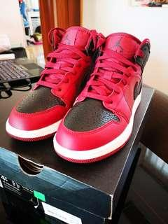 1099949307bf26 Nike Air Jordan 1 Mid GS Reverse Bred   Banned