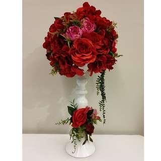 Artificial flower with vase as VIP table masterpiece deco
