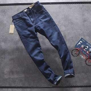 100%New Burberry London天藍色洗水牛仔褲長褲休閒褲 Pants Jeans Size 33