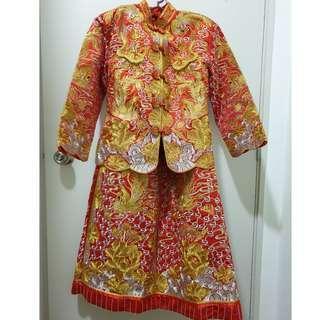 Chinese traditional wedding dress set (kua)