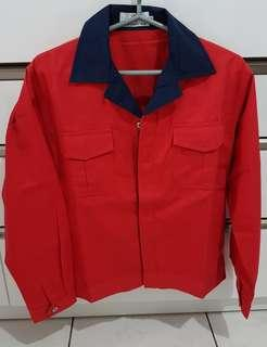 🚚 X-DOT紅十藍外套Msize