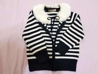 🚚 ❤Kinloch Anderson❤ KA女童 黑白條紋控 耐看不退流行款 可拆毛領 兩穿長袖質感針織外套