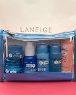 LANEIGE 護膚保養品旅行套裝附化妝袋