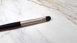 Eyeshadow detail brush