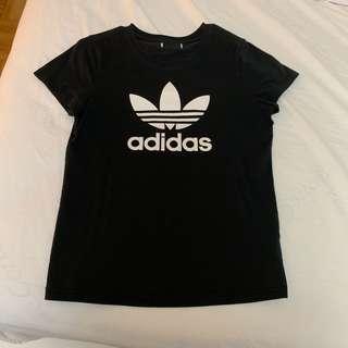 Adidas T-Shirt (Size XS-S)