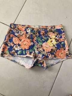 Boutique floral size 8 shorts worn once