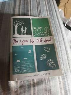 """PRELOVED-""""THE YEAR WE FELL APART"""""""