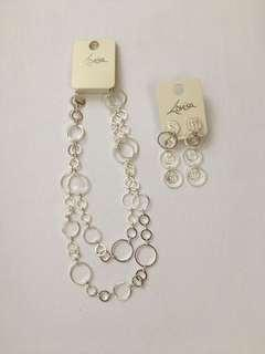 Lovisa necklace and matching earrings