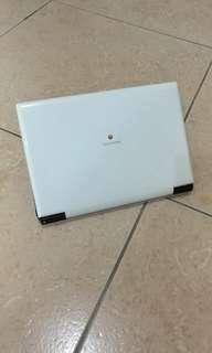 二手 TWM台灣大哥大RoyalTek W101(10.1吋)小筆電 W101