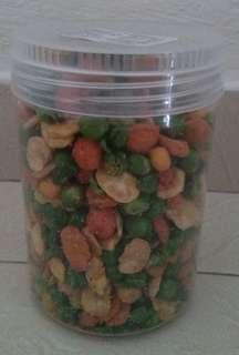 Mixed Nuts in Plastic Canisters 280g