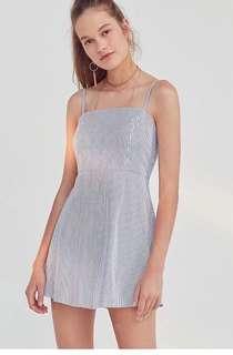 🚚 White & Blue Pinstripe Dress