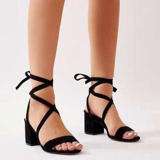 (Size EU39) Black Lace-Up Block Heels