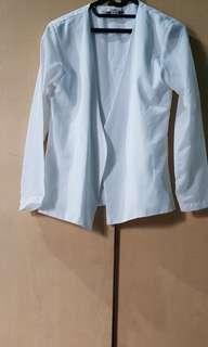 Outer/cardigan/jas/blazer/luaran putih