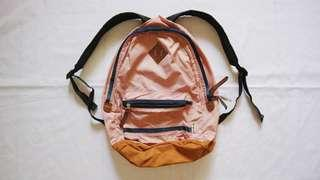 Oltimo Backpack