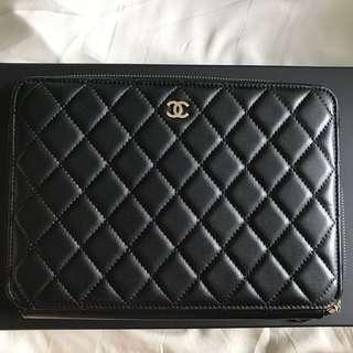 39ed4f7d5cc4 chanel   Clutches   Carousell Singapore