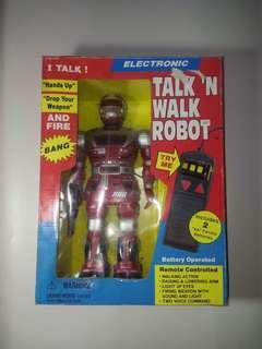 VINTAGE COLLECT SOMA ELECTRONIC TALK 'N WALK ROBOT NEW IN BOX MIB 1998