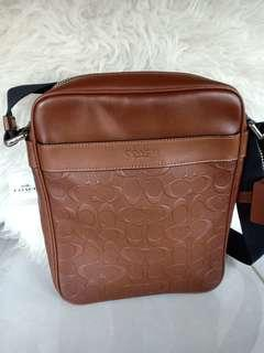 (New)Coach Flight bag saddle embossed Original man bag