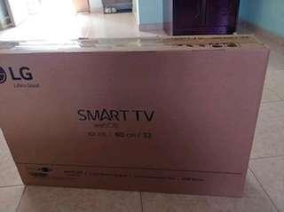 LG 32 Inch Smart LED TV 3 Years Local  Warranty