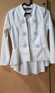 Outer/cardigan/jas/blazer putih