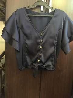 Flutter sleeves blouse