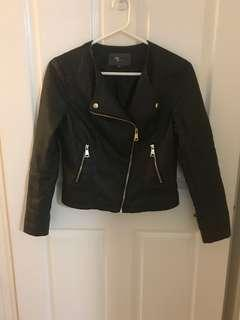 PU leather biker collarless jacket sz10