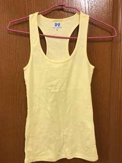 🚚 鵝蛋黃 挖背 長版背心 棉料