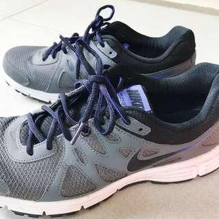 Nike Revolution 2 Running Shoes Men Grey Sepatu Olahraga Abu
