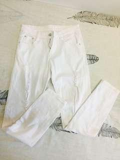 white ripped jeans (stretchable)