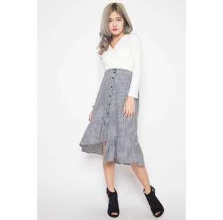 Mini checkered Ruffled Skirt