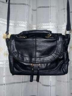 WAREHOUSE BLACK GENUINE LEATHER BAG