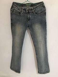 Jeans wanita strech