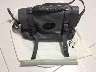 Genuine Leather Mulberry Hand Bag seldom use in great condition