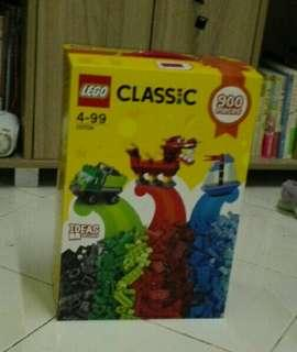[READY STOCK] Lego Classic 10704 900 pieces