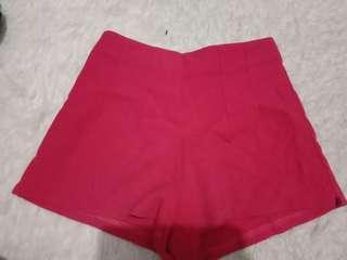 celana pendek hotpants merah