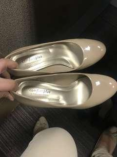 Payless Comfort Plus Nude Pumps