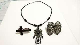 Necklace and Rings Gothic Jewelry Set