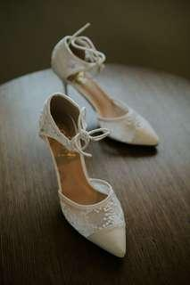 FREE SHIPPING‼️ BRIDAL LACED OFF WHITE SHOES