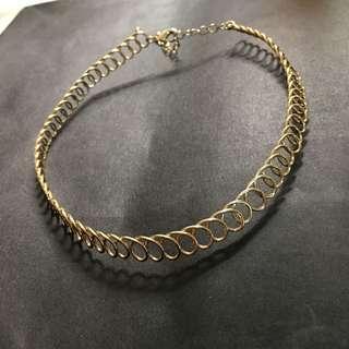 🚚 金色頸鏈