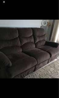 SOFA WITH FOLDABLE LEG REST