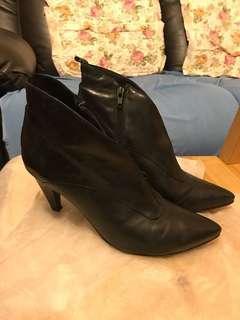 意大利真皮 皮鞋 清鞋櫃 37號